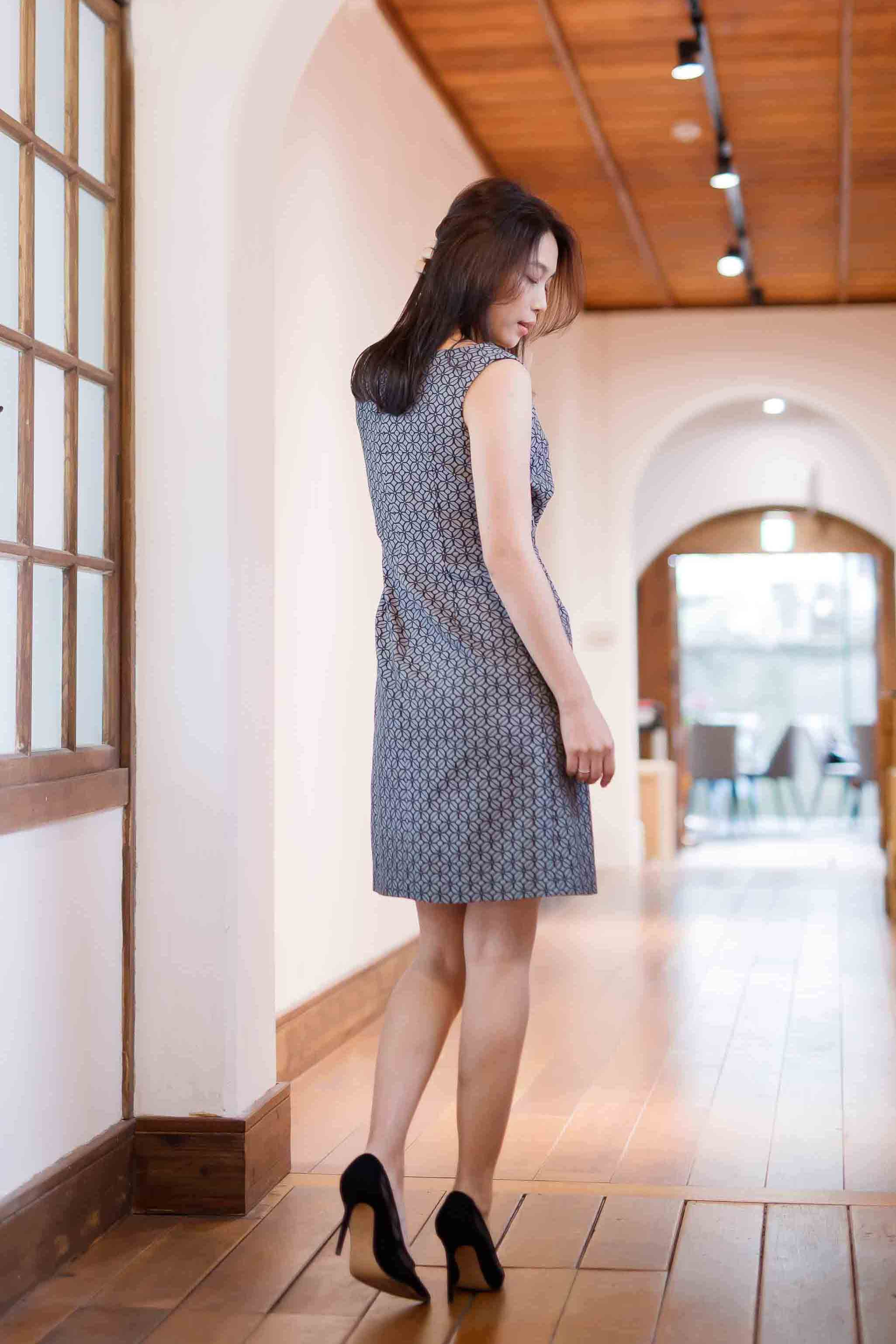 Black Gray Interwove Jacquard Dress