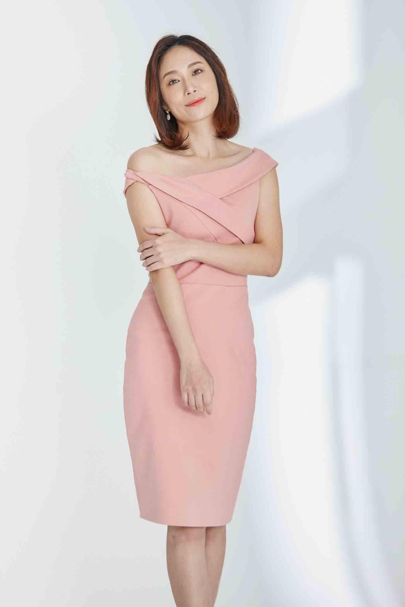 Pivoine桃粉扭結洋裝